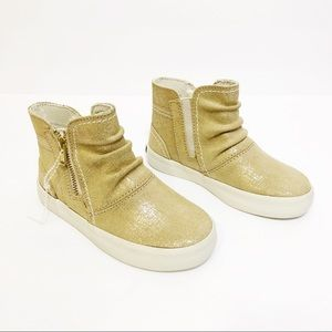 Sperry Crest Zone Ankle Boot Gold Metallic Toddler